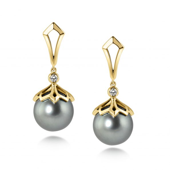 PADMA earrings ~ Tahitian Pearl