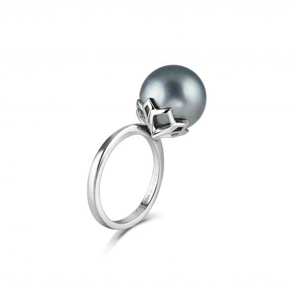 Padma Ring ~ Tahitian Pearl