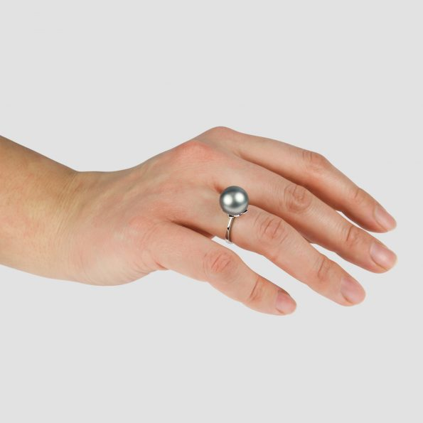 Padma Ring White Gold Pearl